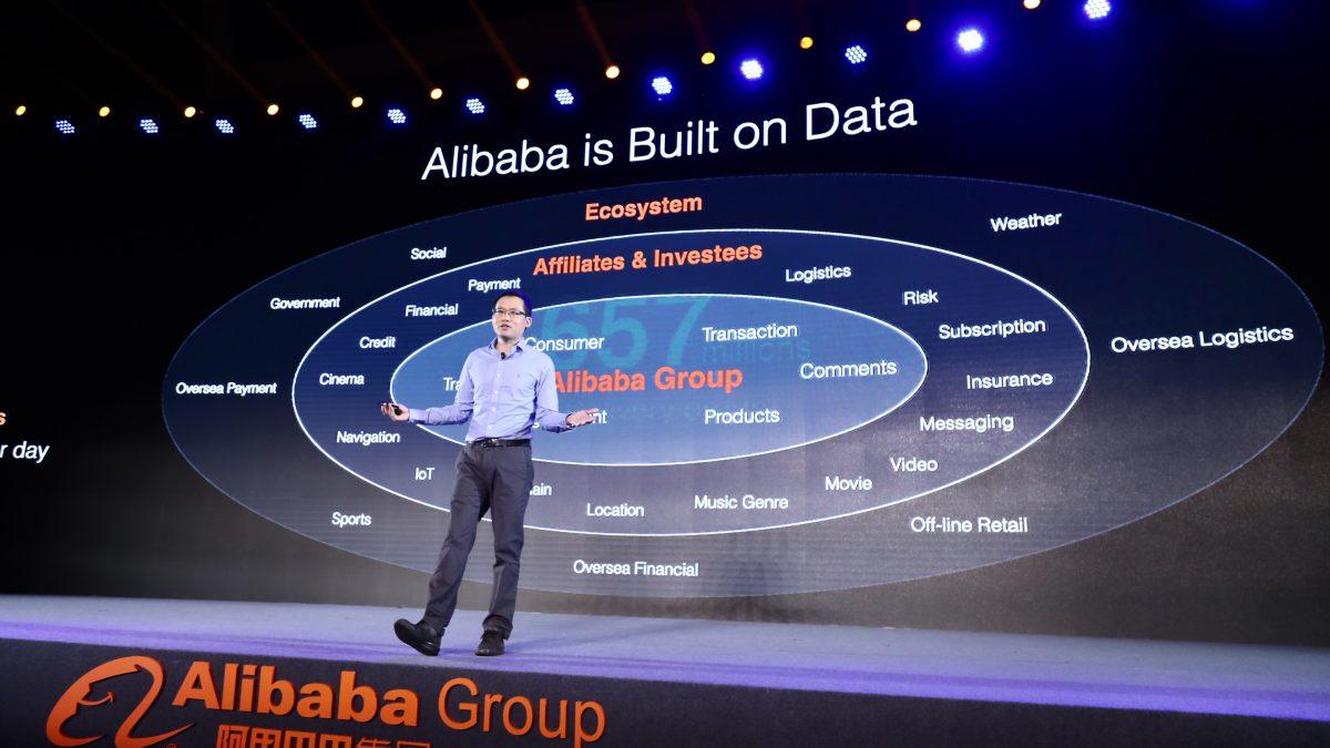 Alibaba có thể dạy chúng ta điều gì về mô hình chuyển đổi online?