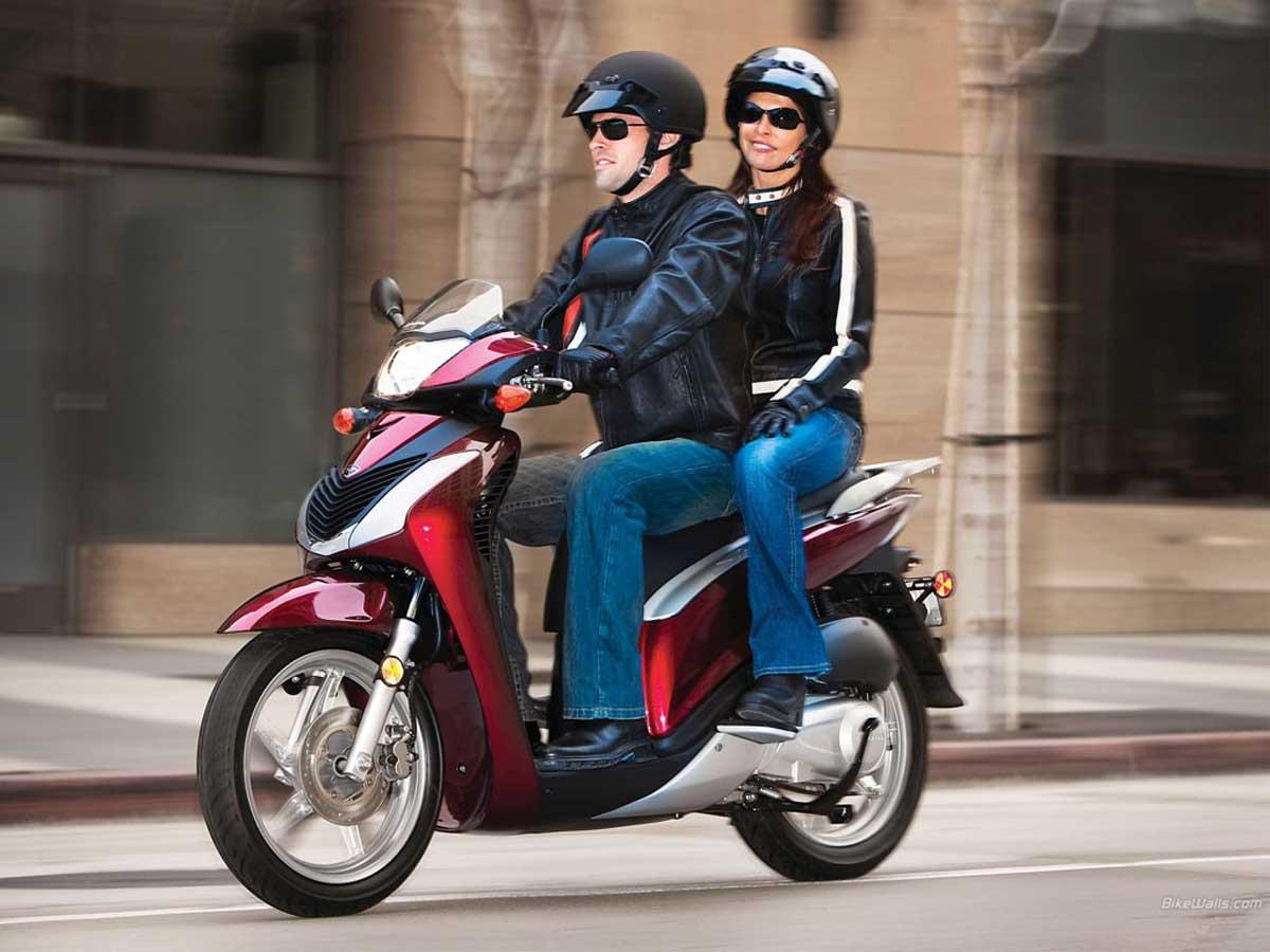 Bảo hiểm tai nạn con người theo chỗ ngồi trên xe môtô – xe máy